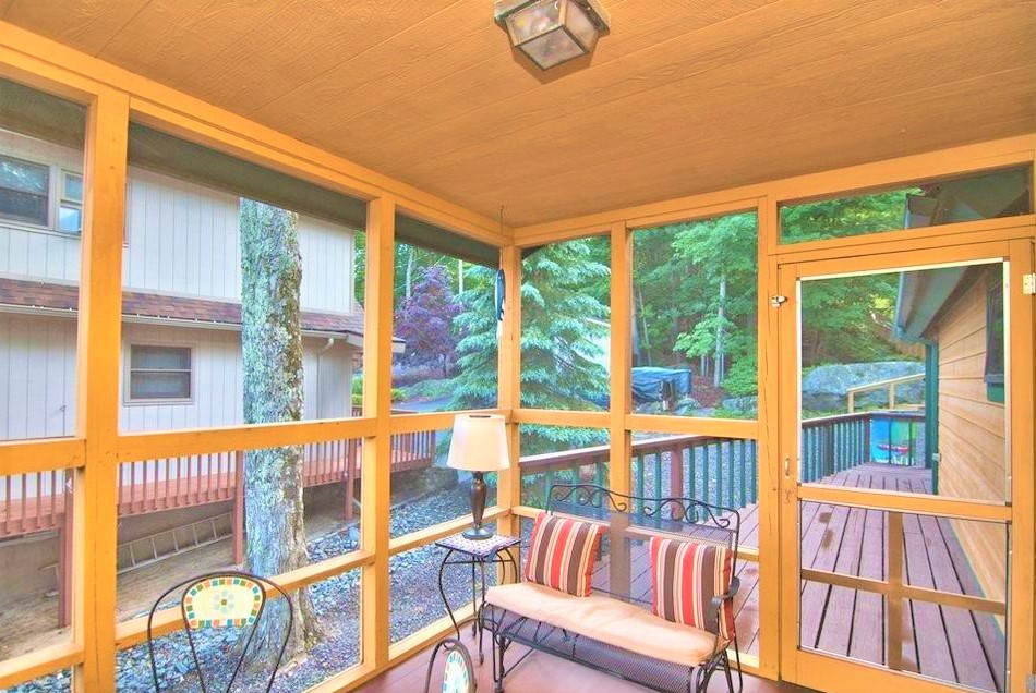 done 1204 screened porch